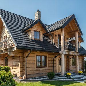 дом с модульная металлочерепицой regle фото