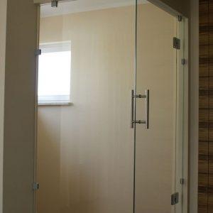стеклянные межкомнатные двери угловые