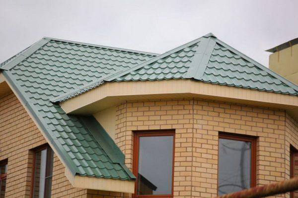 дом с металлочерепицой монтеррей фото