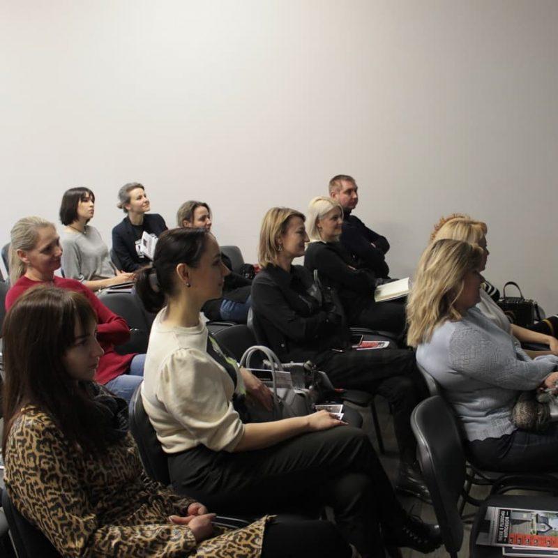 гости семинара стекло как мощный дизайнерский акцент